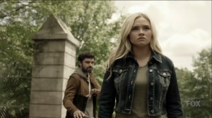 outMatched- Lauren prepared to battle Andy- The Gifted, Fox, X-Men