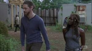 The Bridge- Michonne asks Jesus to talk with Maggie- AMC, The Walking Dead