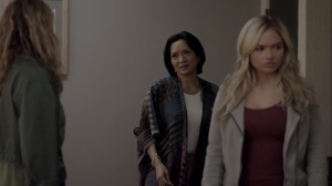 iMprint- Caitlin and Lauren meet with Dr. Taylor, played by Sumalee Montano, to talk about Rebecca- The Gifted, Fox, X-Men