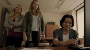 iMprint- Dr. Taylor shows footage of Rebecca to Lauren and Caitlin- The Gifted, Fox, X-Men