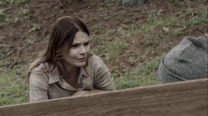 the dreaM- Aunt Dane, played by Kathryn Erbe, talks with a younger Lorna- The Gifted, Fox, X-Men