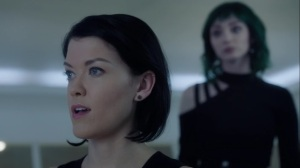 hoMe- Lorna asks Sage for her opinion on the new mutants- Fox, X-Men, The Gifted