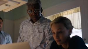 Kiss Tomorrow Goodbye- Elisa shows Wayne some crime blogs- HBO, True Detective