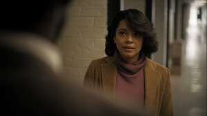 The Great War and Modern Memory- Amelia Reardon, played by Carmen Ejogo, talks with Wayne and Roland- HBO, True Detective