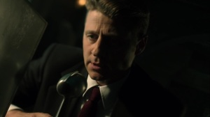 Trespassers- Jim is told to stand down- Fox, Gotham, DC