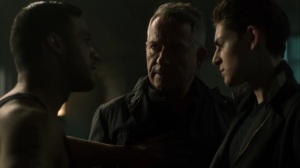 13 Stitches- Alfred and Bruce speak with Delta Force member- Fox, Gotham