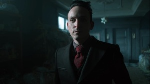 13 Stitches- Oswald confirms to Selina that he plans to leave Gotham- Fox, Gotham