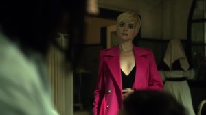 Ace Chemicals- Barbara comes to Leslie for help- Fox, Gotham