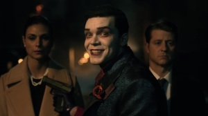Ace Chemicals- Jeremiah about to kill Leslie and Jim- Fox, Gotham