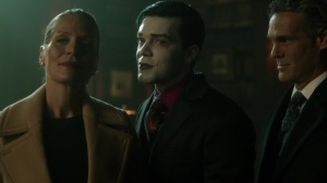 Ace Chemicals- Jeremiah explains how he brought back Bruce's 'parents'- Fox, Gotham