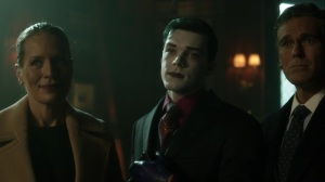 Ace Chemicals- Jeremiah tells Bruce that he found Alfred in the Green Zone- Fox, Gotham