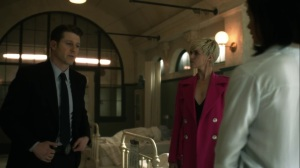 Ace Chemicals- Jim at the hospital with Barbara and Leslie- Fox, Gotham