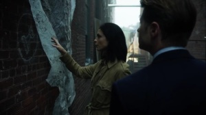 Ace Chemicals- Leslie and Jim find the chess gang's sign- Fox, Gotham