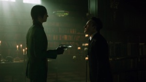 Ace Chemicals- Penguin tells Ed that they should leave Gotham- Fox, Gotham