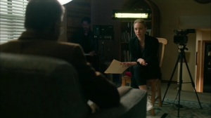 Hunters in the Dark- Elisa and Wayne discuss Harris James' disappearance- HBO, True Detective