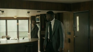 Hunters in the Dark- Wayne and Roland investigate Tom's home- HBO, True Detective