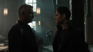 Pena Dura- Bruce tells Alfred that he can't find Selina- Fox, Gotham
