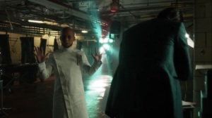 Pena Dura- Hugo Strange tells Ed that he put a chip in his brain- Fox, Gotham