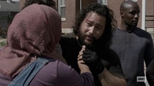 Chokepoint- Nabila finds Jerry with bruises on his face- AMC, The Walking Dead