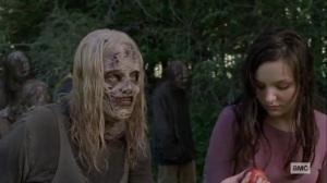 Guardians- Alpha gives Lydia an apple- AMC, The Walking Dead