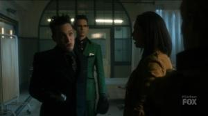 I Am Bane- Penguin points a gun at Barbara's baby- Fox, Gotham