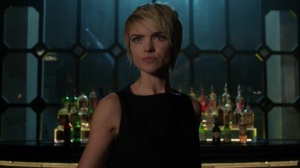 The Trial of Jim Gordon- Barbara wants the gangs to agree to a truce- Fox, Gotham