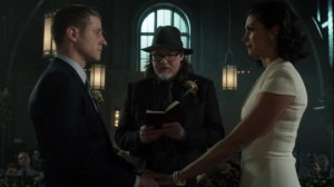 The Trial of Jim Gordon- Harvey weds Jim and Leslie- Fox, Gotham