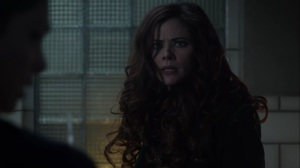 The Trial of Jim Gordon- Ivy faces off with Leslie- Fox, Gotham