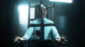 The Trial of Jim Gordon- Jim electrocuted- Fox, Gotham
