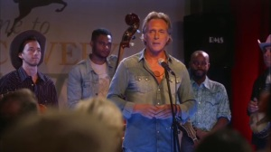 Discovery Weekend- Felix Wade, played by William Fichtner, addresses the crowd- Veep, HBO