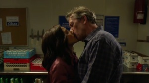 Discovery Weekend- Selina and Tom kiss- Veep, HBO