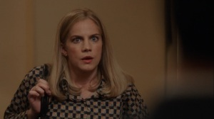 Iowa- Amy tells Dan that she's thinking about having the baby- HBO, Veep