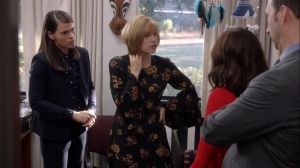 Iowa- Catherine and Marjorie talk with Selina about Little Richard- HBO, Veep