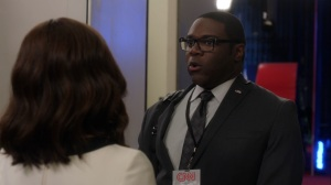 Pledge- Richard tells Selina and Jonah about his new role- Veep, HBO
