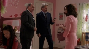Super Tuesday- Mike's daughter translates Selina's Mandarin letter- Veep, HBO