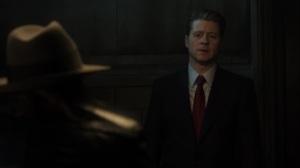 The Beginning- Jim speaks with Harvey in interrogation- Gotham, Fox