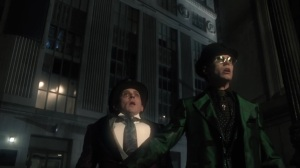 The Beginning- Riddler and Penguin spot the Batman in the sky- Gotham, Fox