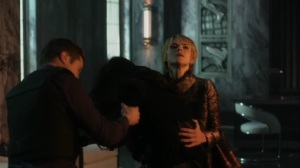 They Did What- Jim and Barbara stab Nyssa- Gotham, Fox