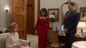 Oslo- Gary helps Catherine get ready for the wedding- Veep, HBO