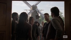 Ghosts- Aaron tells the others about the walkers coming in waves- AMC, The Walking Dead