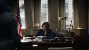 If You Don't Like My Story, Write Your Own- Laurie takes over Judd's office- HBO, Watchmen