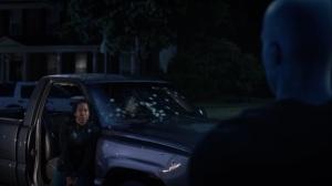A God Walks Into a Bar- Jon saves Angela- HBO, Watchmen