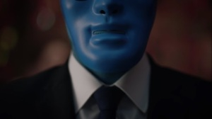 A God Walks Into a Bar- Manhattan wears a mask- HBO, Watchmen