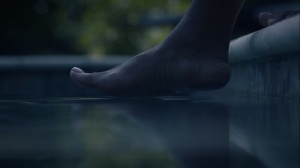 See How They Fly- Angela's foot touches the water- HBO, Watchmen