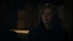 See How They Fly- Laurie about to arrest Adrian- HBO, Watchmen