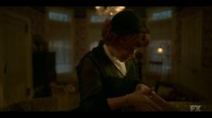 Welcome to the Alternate Economy- Oraetta examines Ethelrida's hand- Fargo, FX