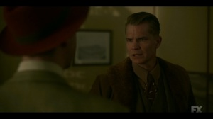 The Pretend War- Deafy offers to pass word onto the Marshals in Chicago- Fargo, FX