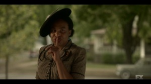 Storia Americana- Zelmare shushes Satchel- Fargo, FX