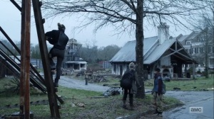 Hunted- Magna talks with Kelly in Alexandria- AMC, The Walking Dead
