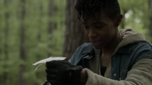On the Inside- Kelly finds Connie's notepad- AMC, The Walking Dead
